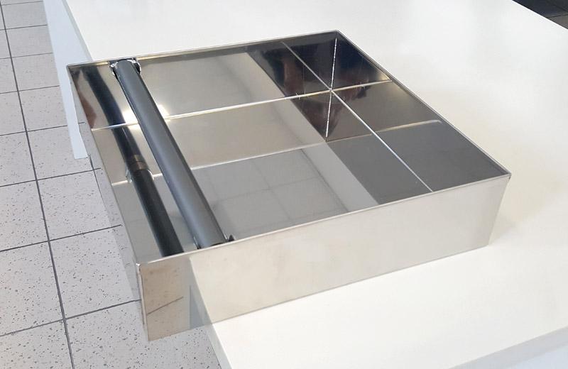 Lavorazione metalli - lavorazioni acciaio inox Treviso - cassetto