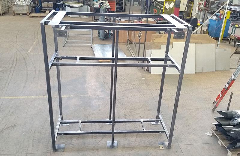 Lavorazione metalli - lavorazione acciaio inox Treviso - porta compressori