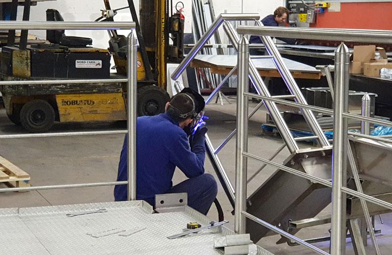 Lavorazioni metalliche - lavorazione acciaio inox Treviso - soppalco
