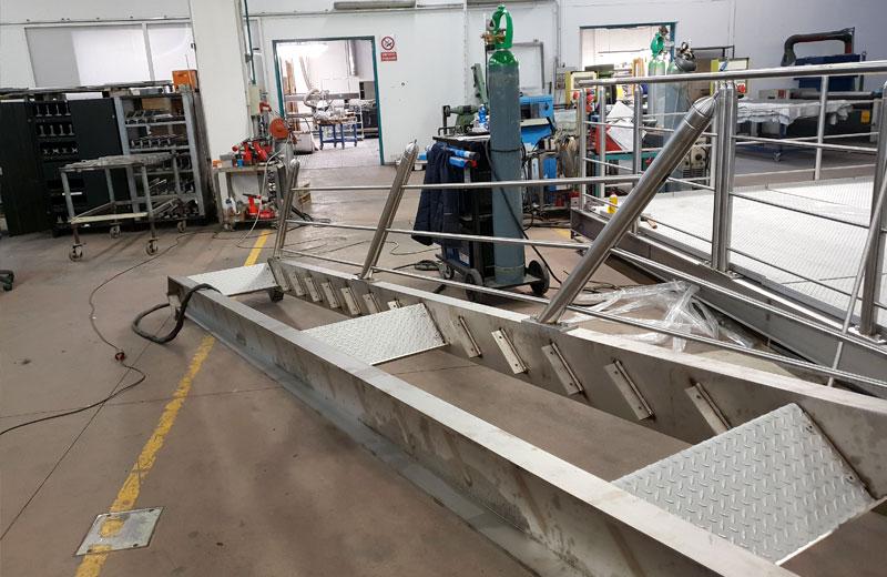 Lavorazioni acciaio inox - lavorazione metalli - soppalco