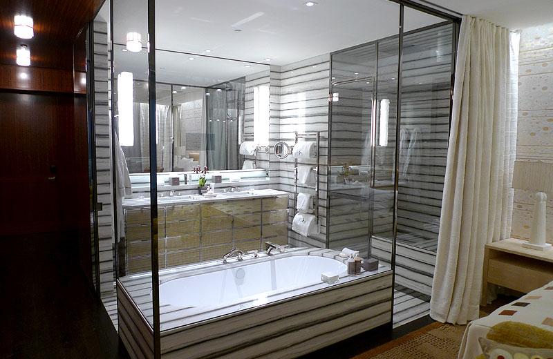 Lavorazione metalli - lavorazioni acciaio inox Treviso - struttura bagno