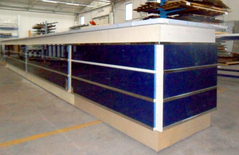 Lavorazioni acciaio inox - lavorazione metalli - banco da bar