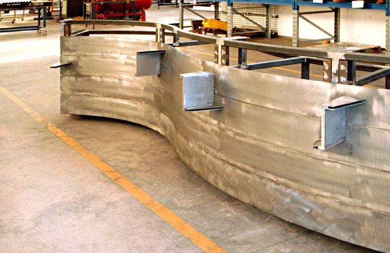Lavorazione acciaio inox - lavorazione metalli Treviso - bancone farmacia