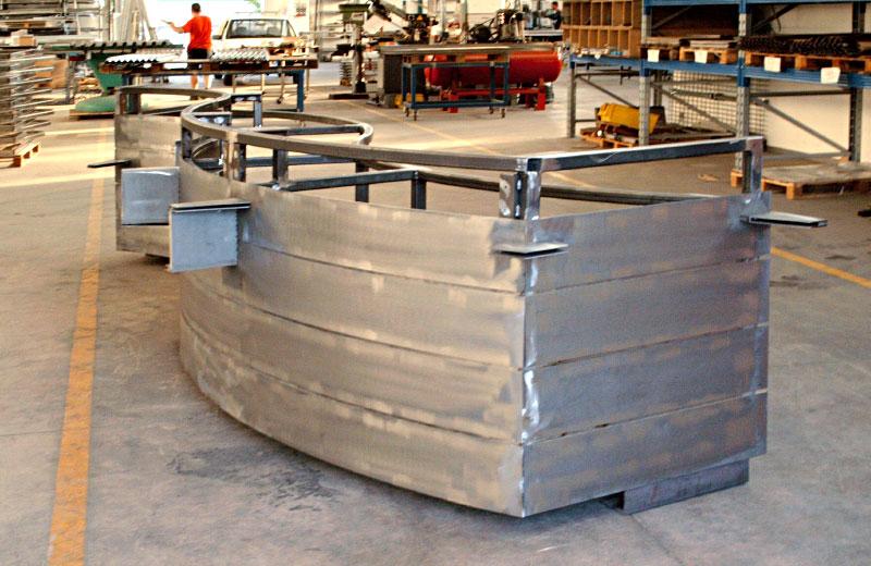 Lavorazioni metalliche - lavorazione acciaio inox Treviso - bancone farmacia