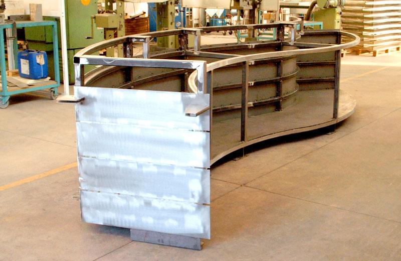 Lavorazioni acciaio inox - lavorazione metalli - bancone farmacia