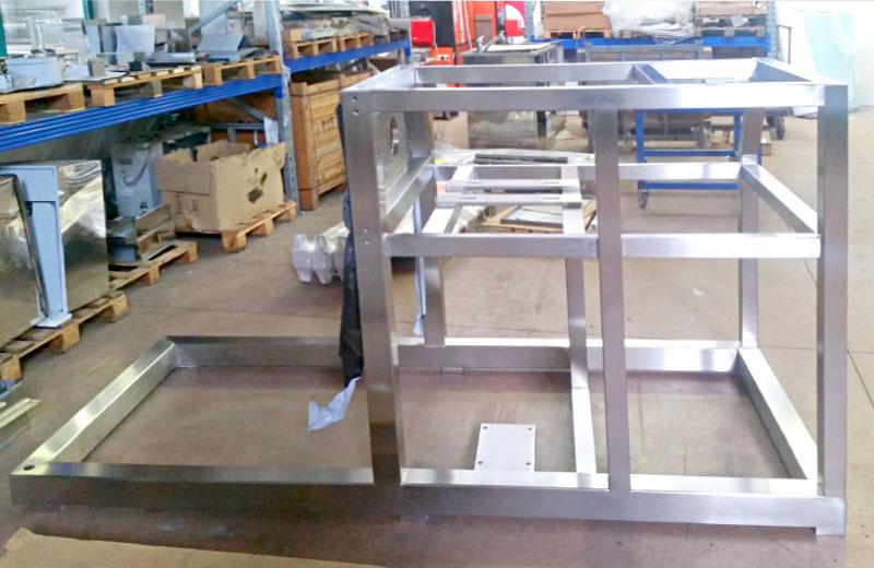 Lavorazione metalli - lavorazione acciaio inox Treviso - componenti in acciaio inox