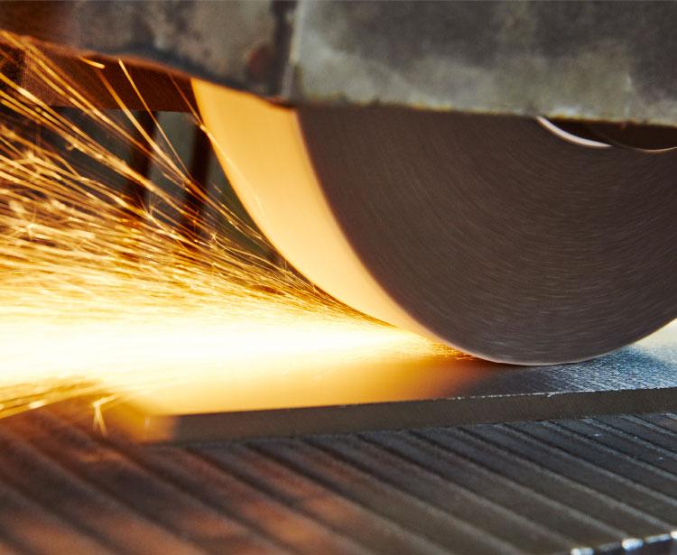 Lavorazione acciaio inox - lavorazione metalli Treviso - satinatura 1