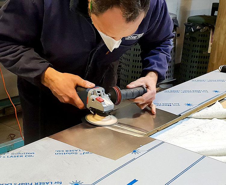 Lavorazioni metalliche - lavorazione acciaio inox Treviso - lucidatura 3